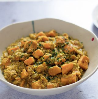 red lentil and sweet potato coconut curry by Sneaky Veg
