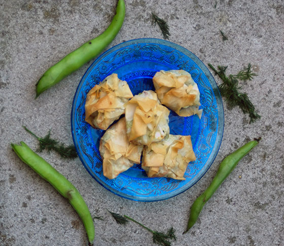 mini dill broad bean and feta filo parcels recipe by Sneaky Veg