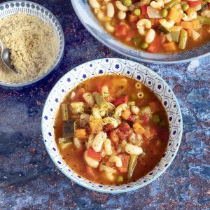 minestrone soup in bowls