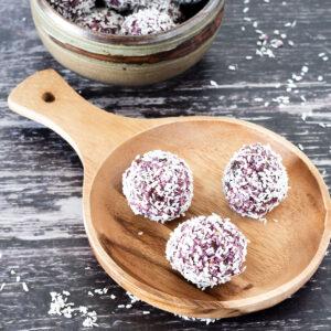 blackberry energy balls