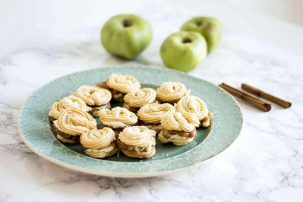 vegan viennese whirls with apple and cinnamon