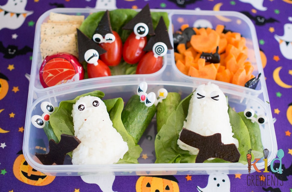 spooky halloween bento lunch by Kidgredients - healthy halloween treats