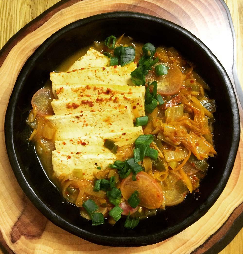 vegan korean kimchi stew
