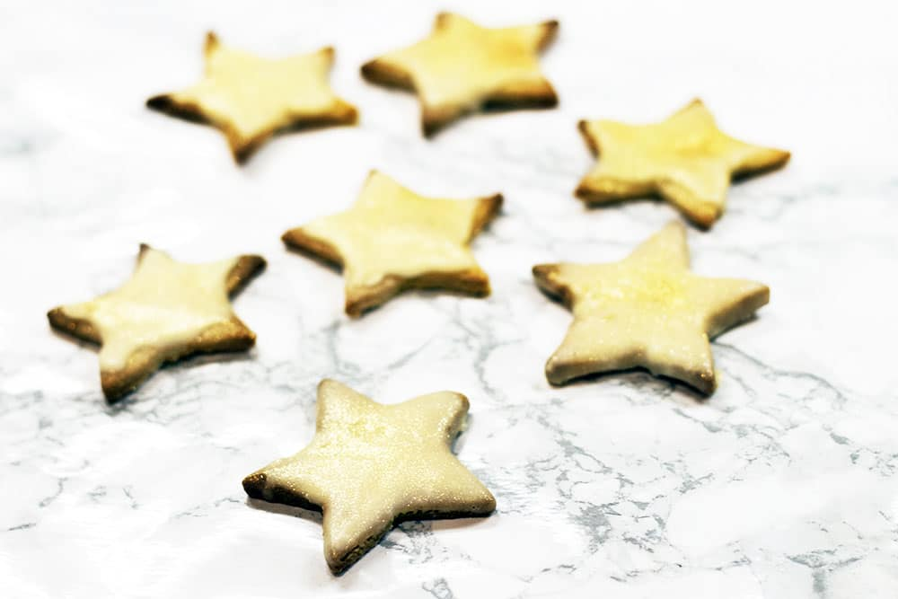 vegan healthy gingerbread stars