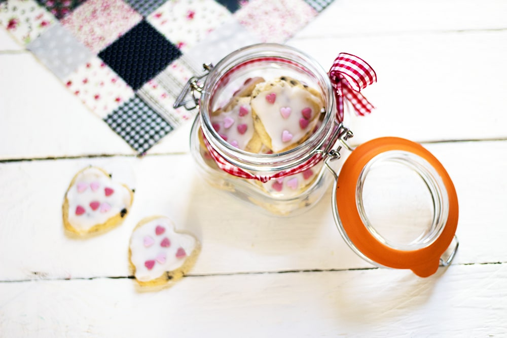 vegan shortbread biscuit hearts in jar