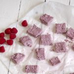 mini cashew raspberry oat bars