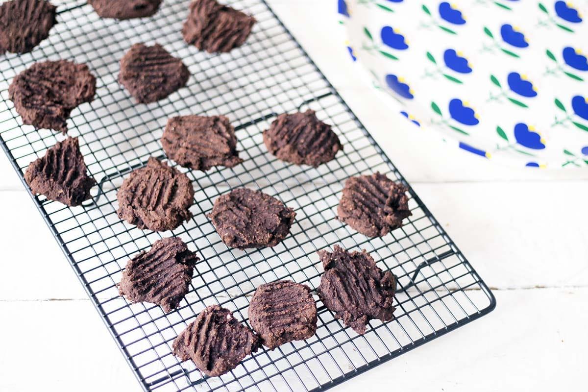 vegan chocolate beetroot black bean cookies on cooling rack