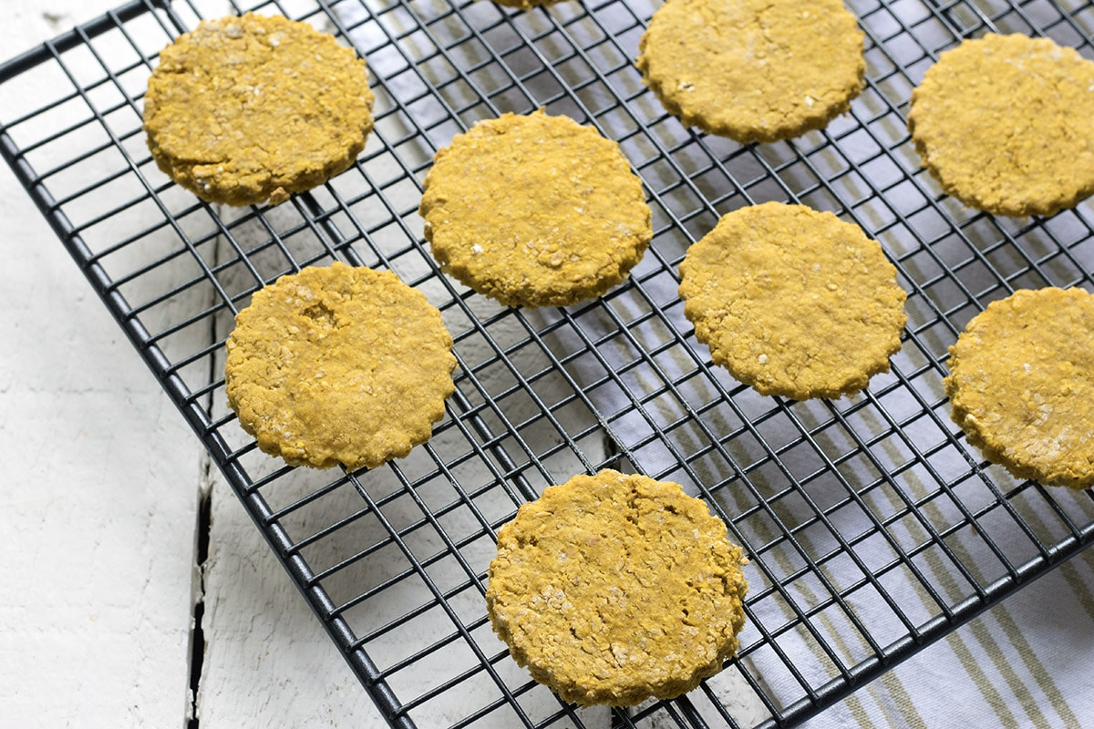 Healthy oatcakes recipe with butternut squash