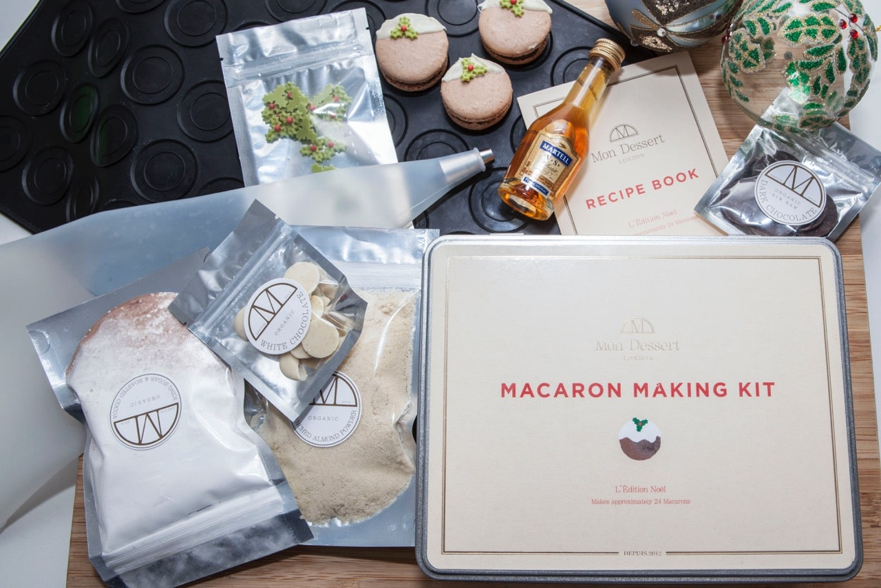 Mon Dessert Christmas macaron making kit