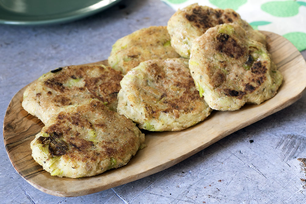Leek, pear and parsnip cakes - mashed parsnip recipe