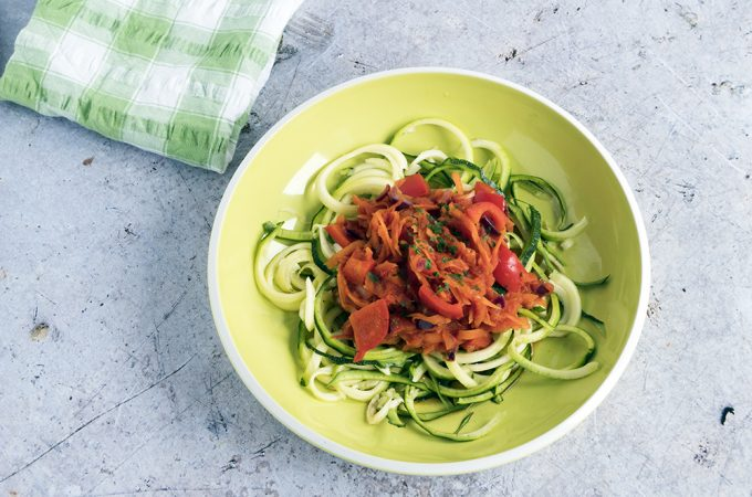 Veggie pasta sauce with zoodles
