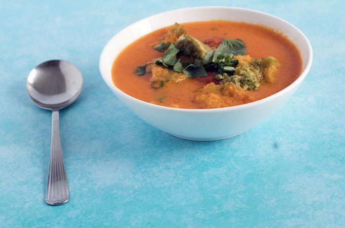 roasted tomato pesto soup with Sacla'