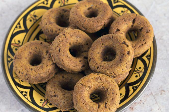 vegan baked pumpkin doughnuts recipe by Sneaky Veg