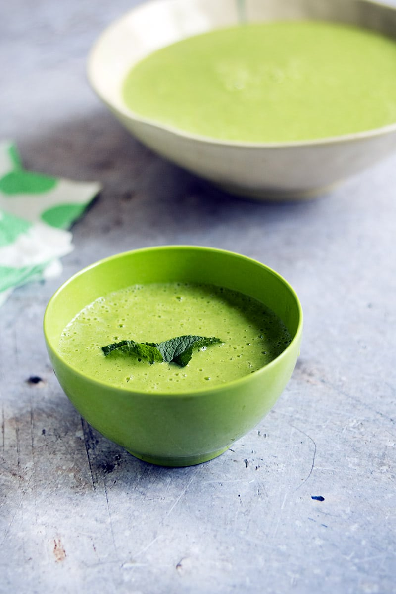 vegan pea and mint soup