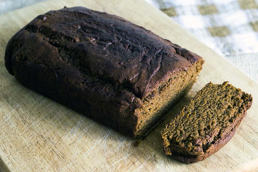 vegan pumpkin loaf recipe by Sneaky Veg