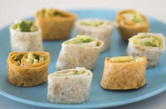 tortilla pinwheels with avocado, hummus and lettuce