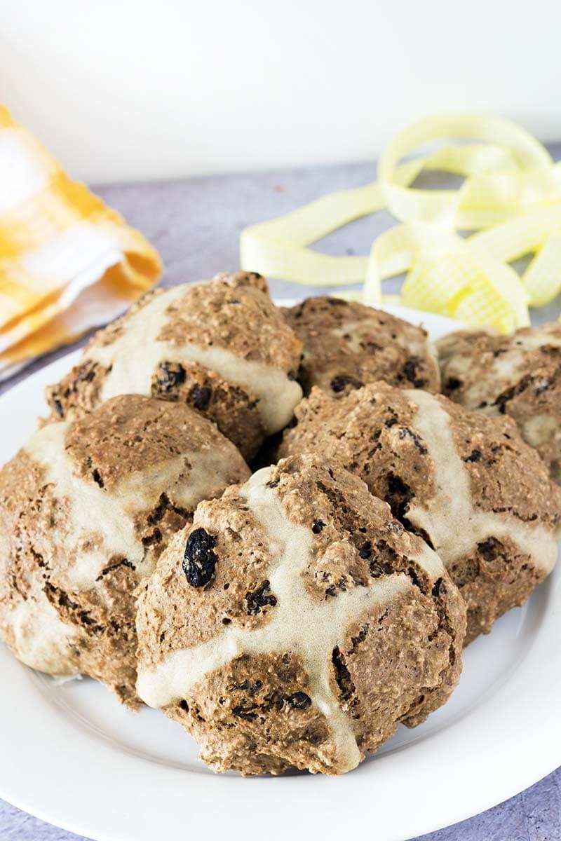 vegan hot cross buns recipe no rise no yeast by Sneaky Veg