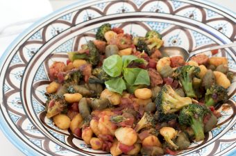 gnocchi recipe with broccoli and veggie sausages