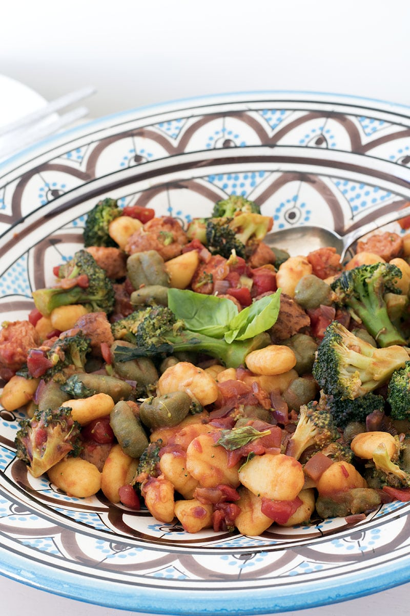 gnocchi with broccoli and vegetarian sausages by Sneaky Veg