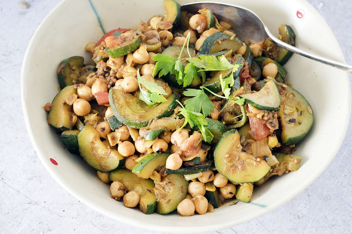 courgette and chickpea curry
