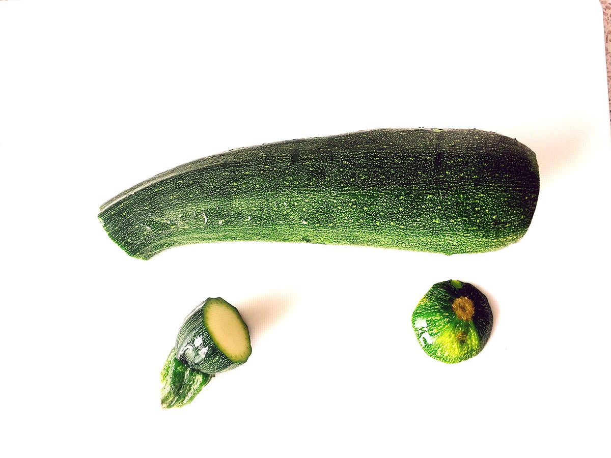 courgette with ends cut off