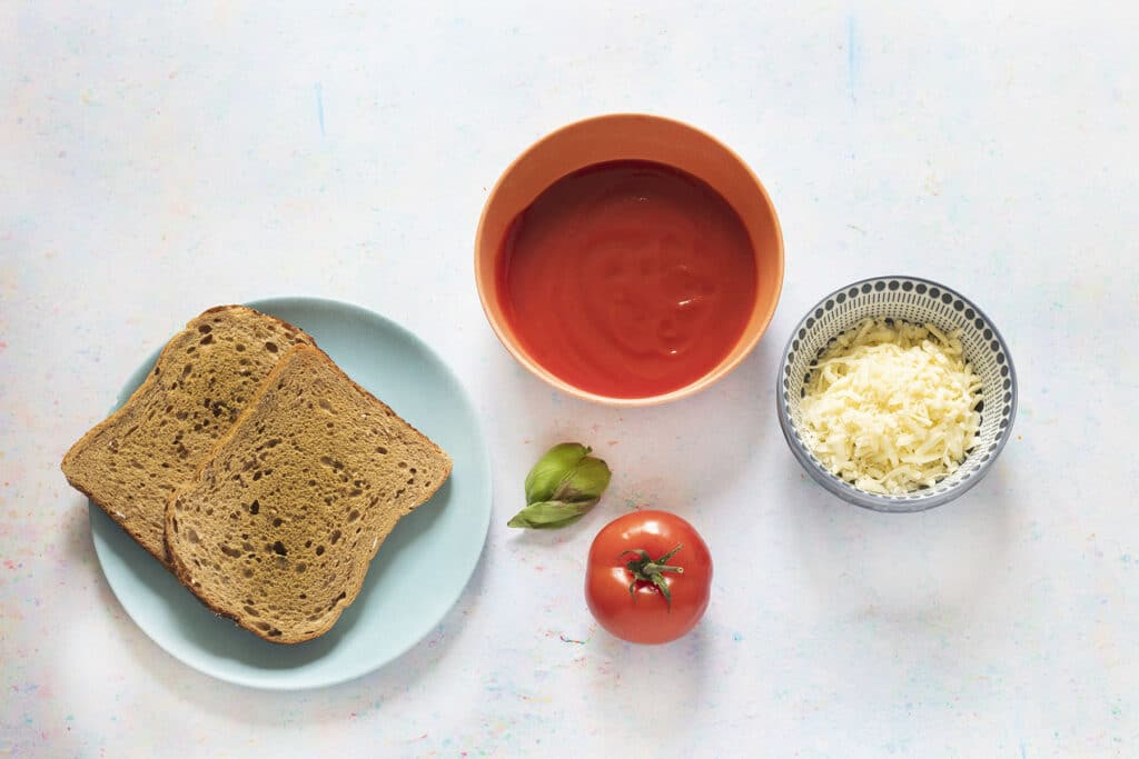 ingredients for pizza toast